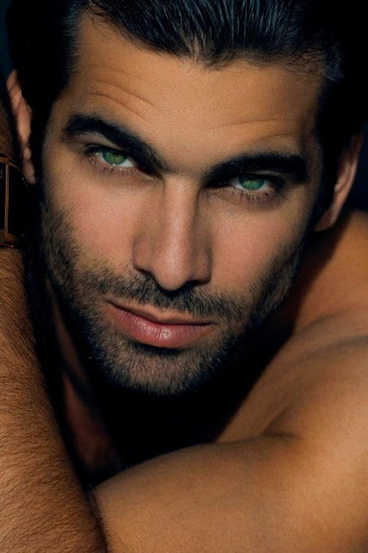 ООО Издание самые красивые латиноамериканские актеры мужчины такой белуги
